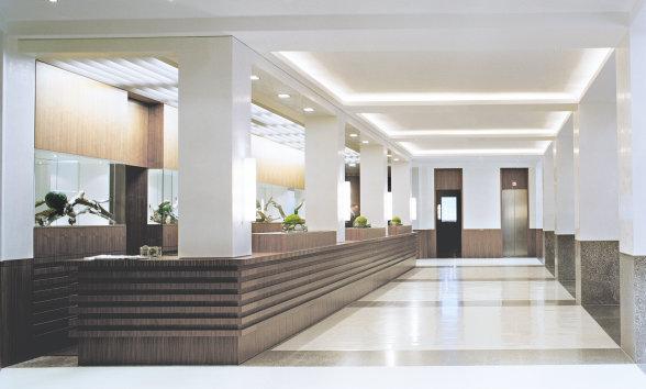 Licht für Konferenzräume, Flure & Treppenhäuser, Rezeption, ,Hotelzimmer, Restaurants, Wellness-Bereiche