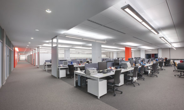 Licht für Büroräume, Besprechungsräume, Flure & Treppenhäuser, Fassaden, Empfangsbereiche, Tiefgaragen