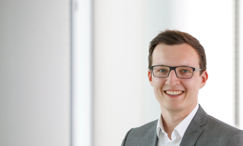 Pressekontakt: Simon Thaler