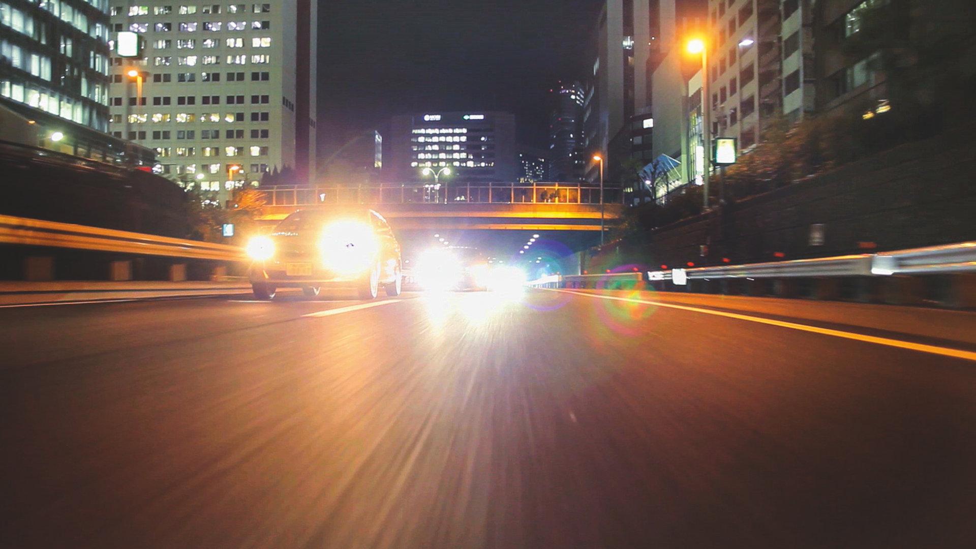 NIGHT BREAKER - Licht, das Ihren Puls beschleunigt