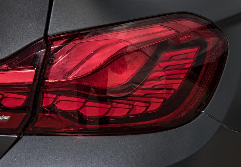 OLED im BMW M4 GTS