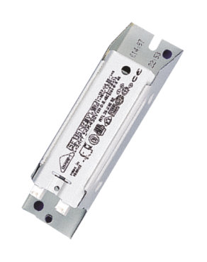 Magnetic ballasts for CFL